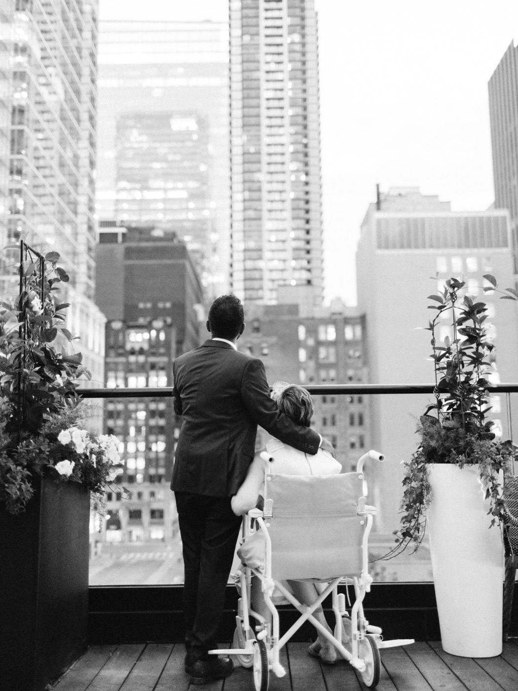 Toronto-wedding-photographer-intimate-restaurant-elopement-chase-oyster-downtown58.jpg