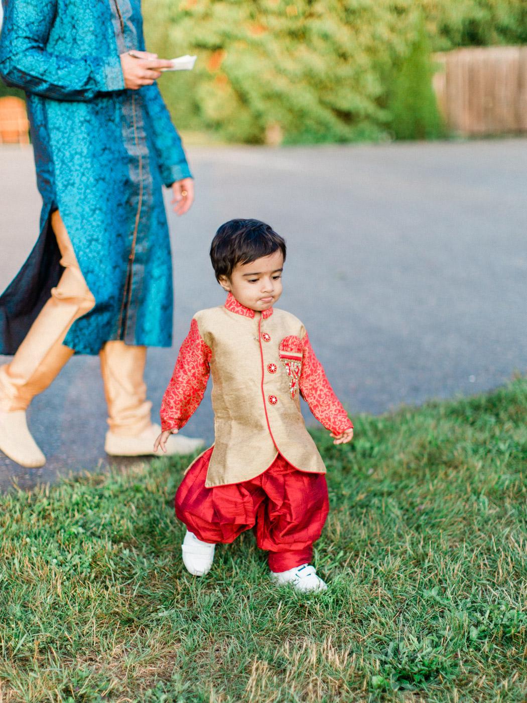 Toronto-Collingwood-wedding-photographer-indian-wedding-documentary12.jpg
