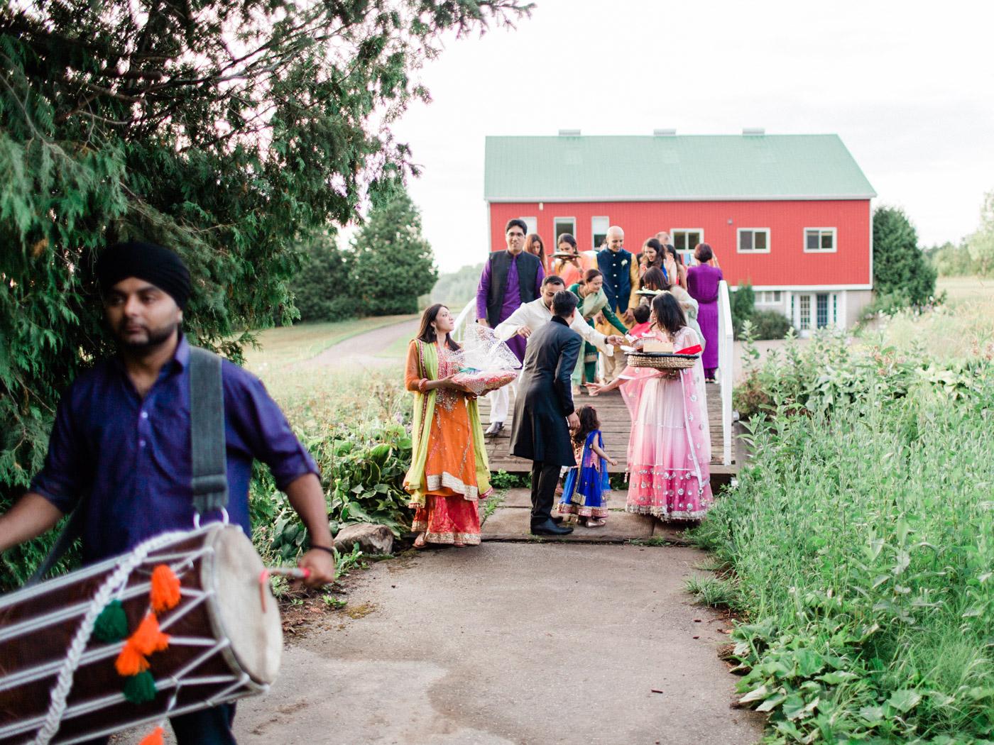 Toronto-Collingwood-wedding-photographer-indian-wedding-documentary14.jpg