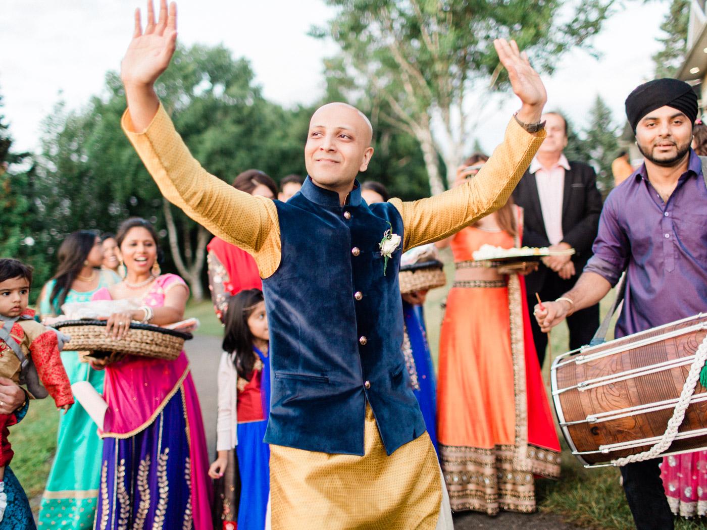 Toronto-Collingwood-wedding-photographer-indian-wedding-documentary20.jpg