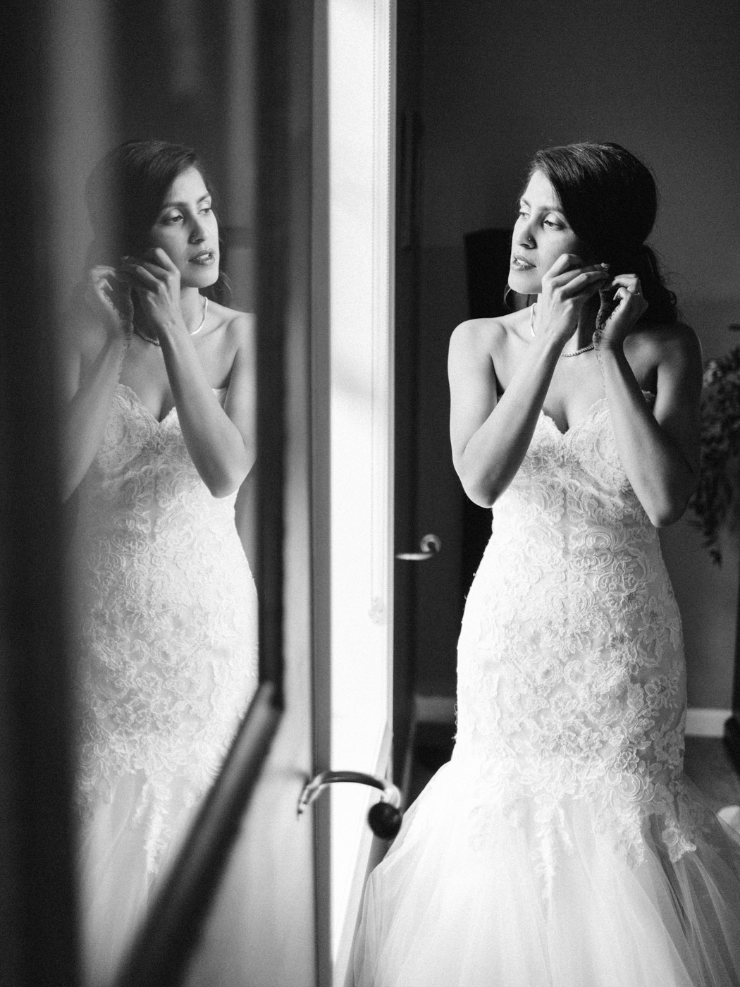 Toronto-Collingwood-wedding-photographer-indian-wedding-documentary44.jpg