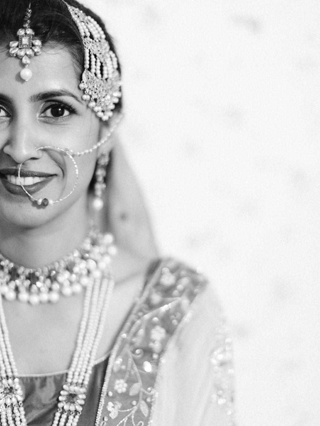 Toronto-Collingwood-wedding-photographer-indian-wedding-documentary100.jpg