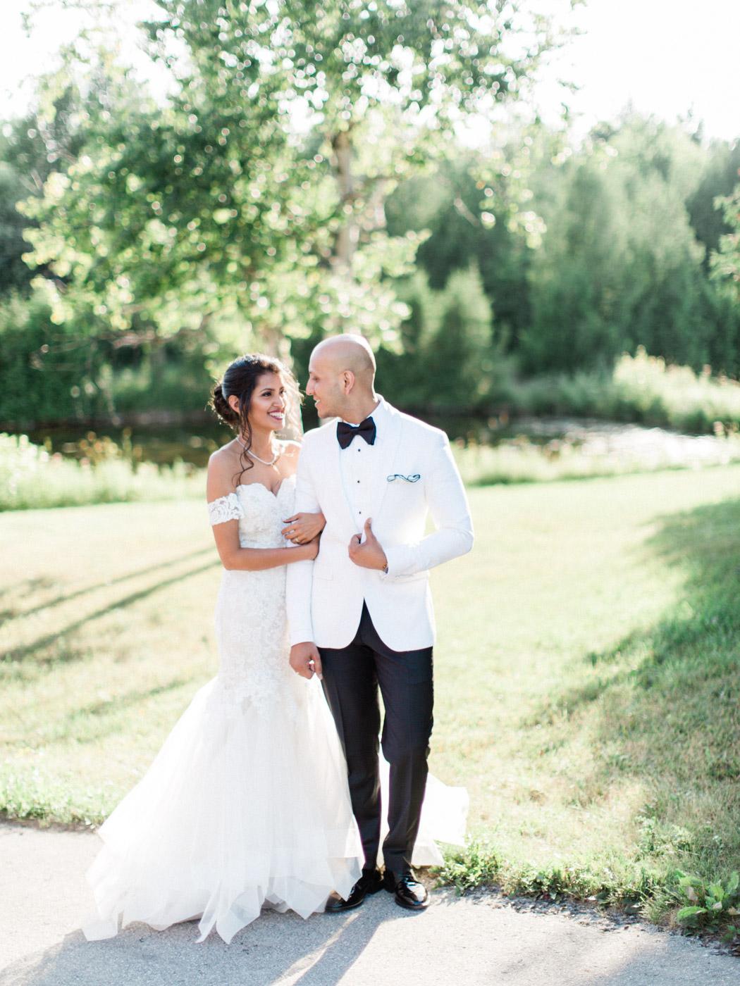 Toronto-Collingwood-wedding-photographer-indian-wedding-documentary139.jpg