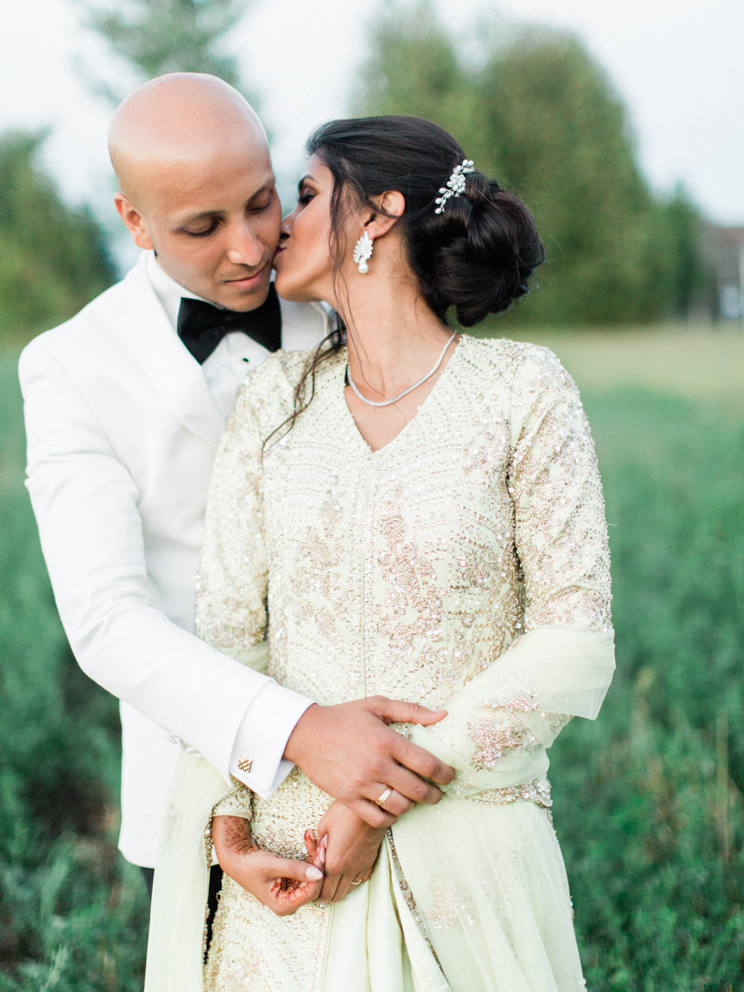 Toronto-Collingwood-wedding-photographer-indian-wedding-documentary176.jpg