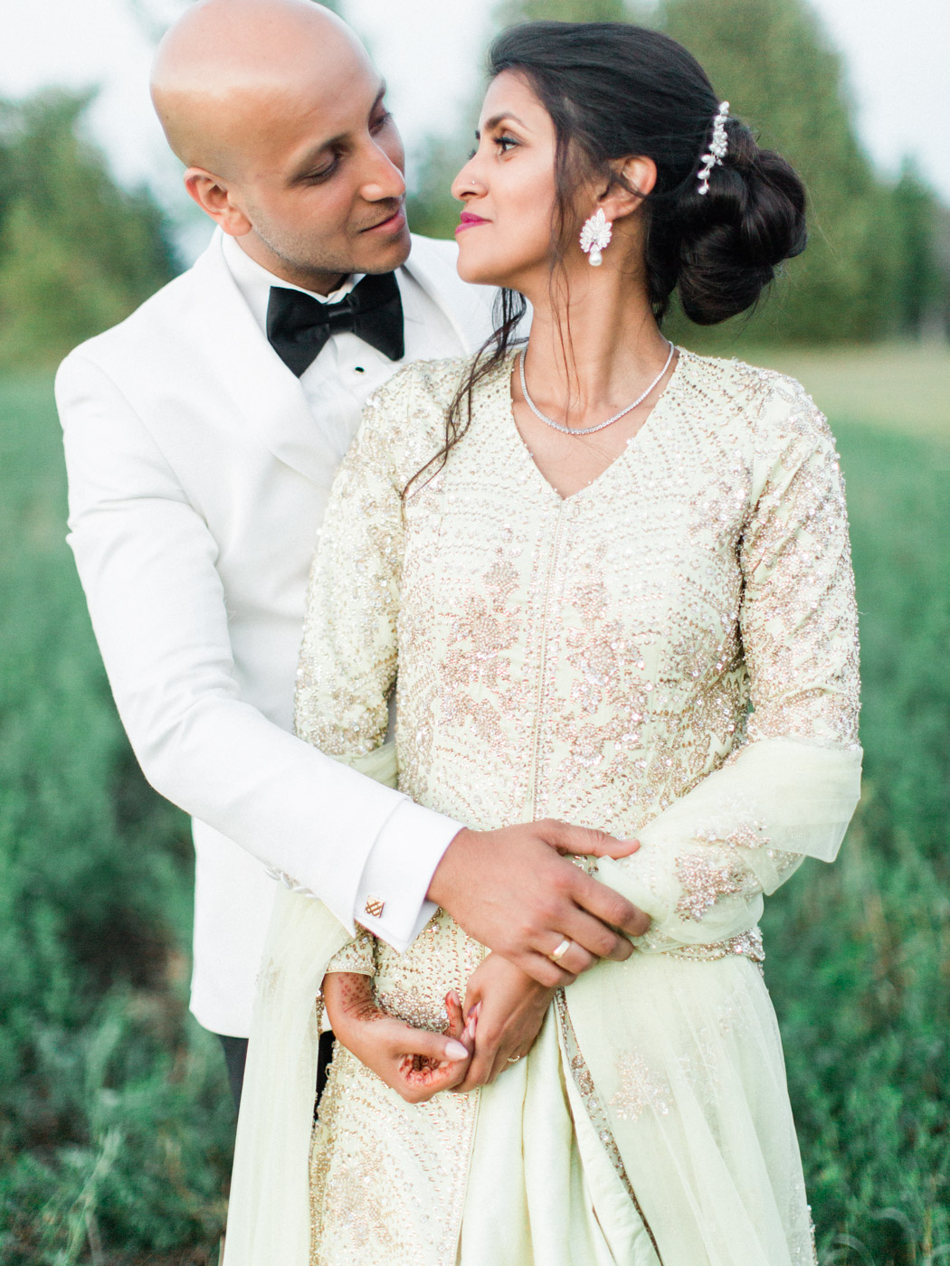Toronto-Collingwood-wedding-photographer-indian-wedding-documentary177.jpg