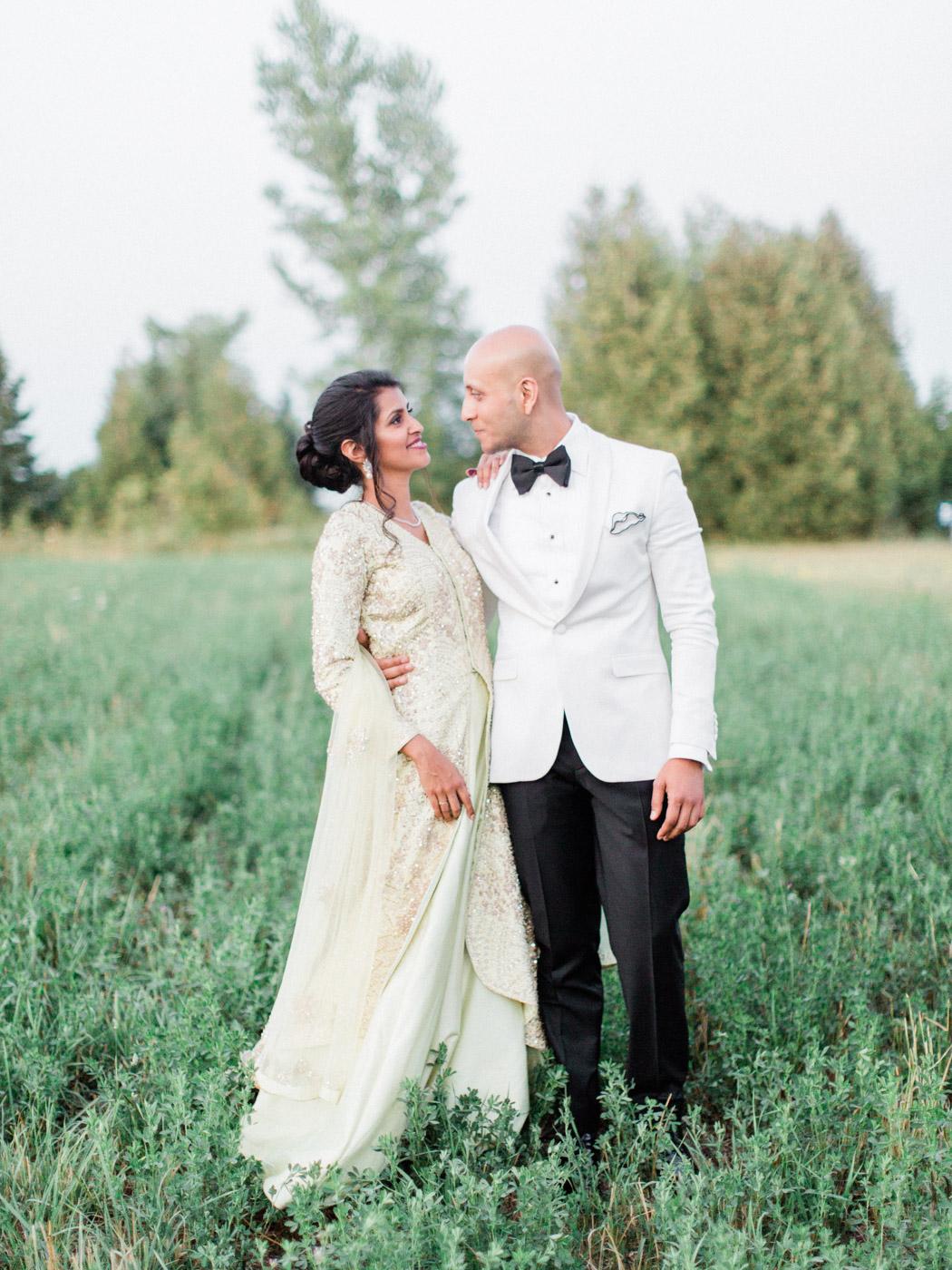 Toronto-Collingwood-wedding-photographer-indian-wedding-documentary180.jpg