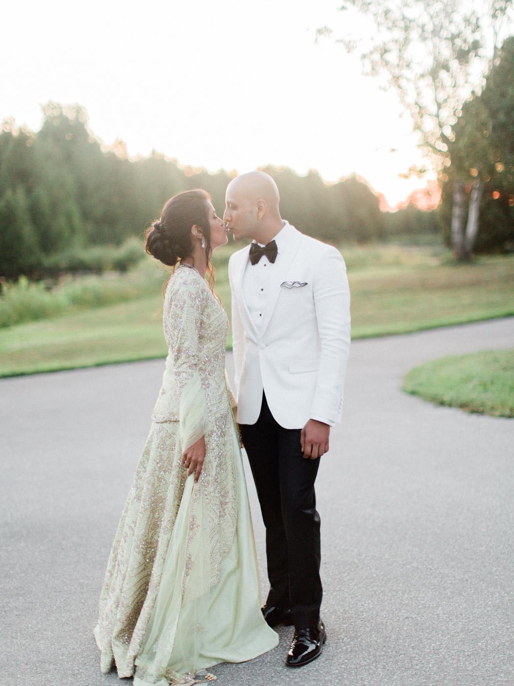 Toronto-Collingwood-wedding-photographer-indian-wedding-documentary183.jpg