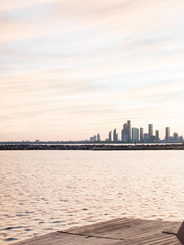 Toronto-wedding-photographer-alternative-downtown-waterfront-wedding-the-argonauts-rowing-club114.jpg