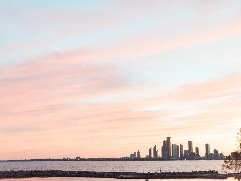Toronto-wedding-photographer-alternative-downtown-waterfront-wedding-the-argonauts-rowing-club115.jpg