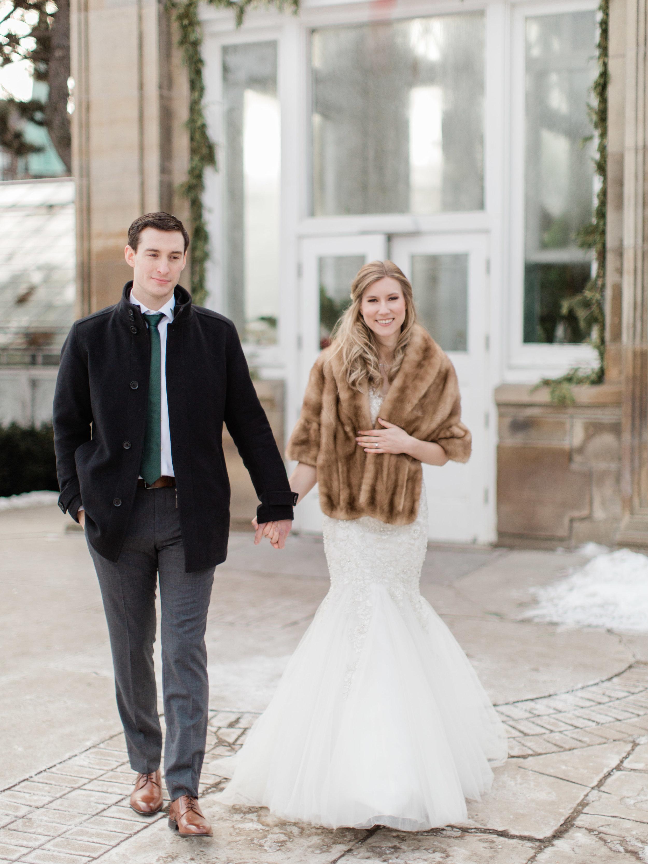 Toronto-wedding-photographer-downtown-winter-wedding-intimate-restaurant-canoe95.jpg