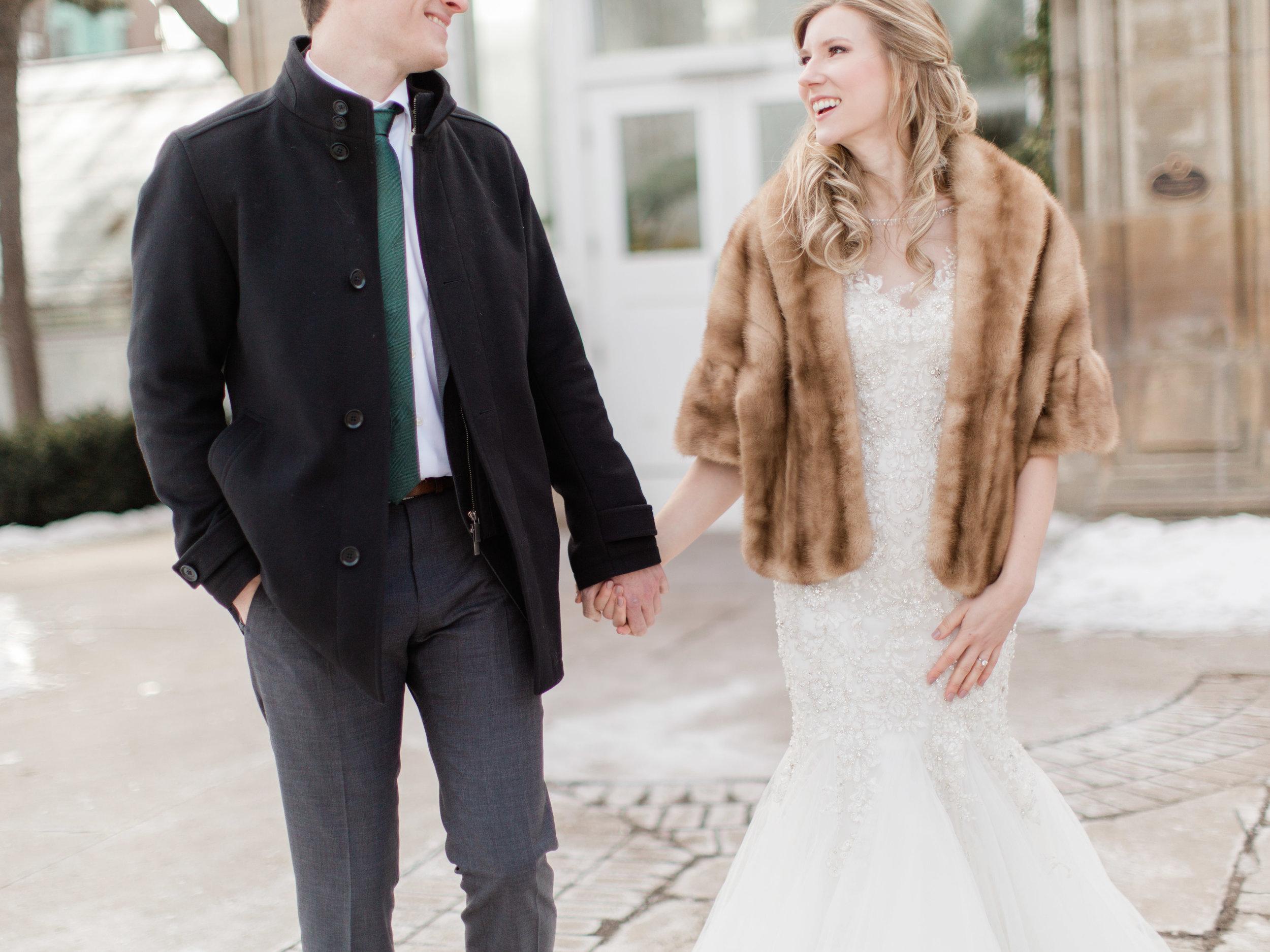Toronto-wedding-photographer-downtown-winter-wedding-intimate-restaurant-canoe100.jpg