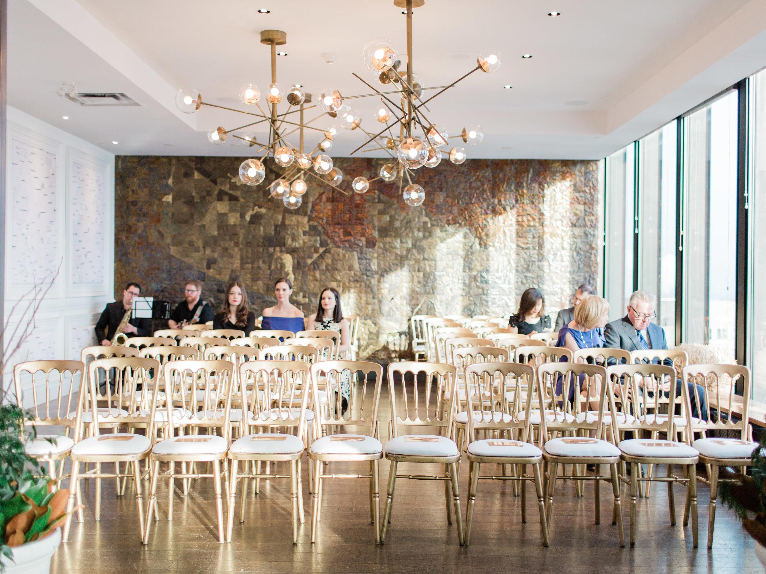 Toronto-wedding-photographer-downtown-winter-wedding-intimate-restaurant-canoe118.jpg
