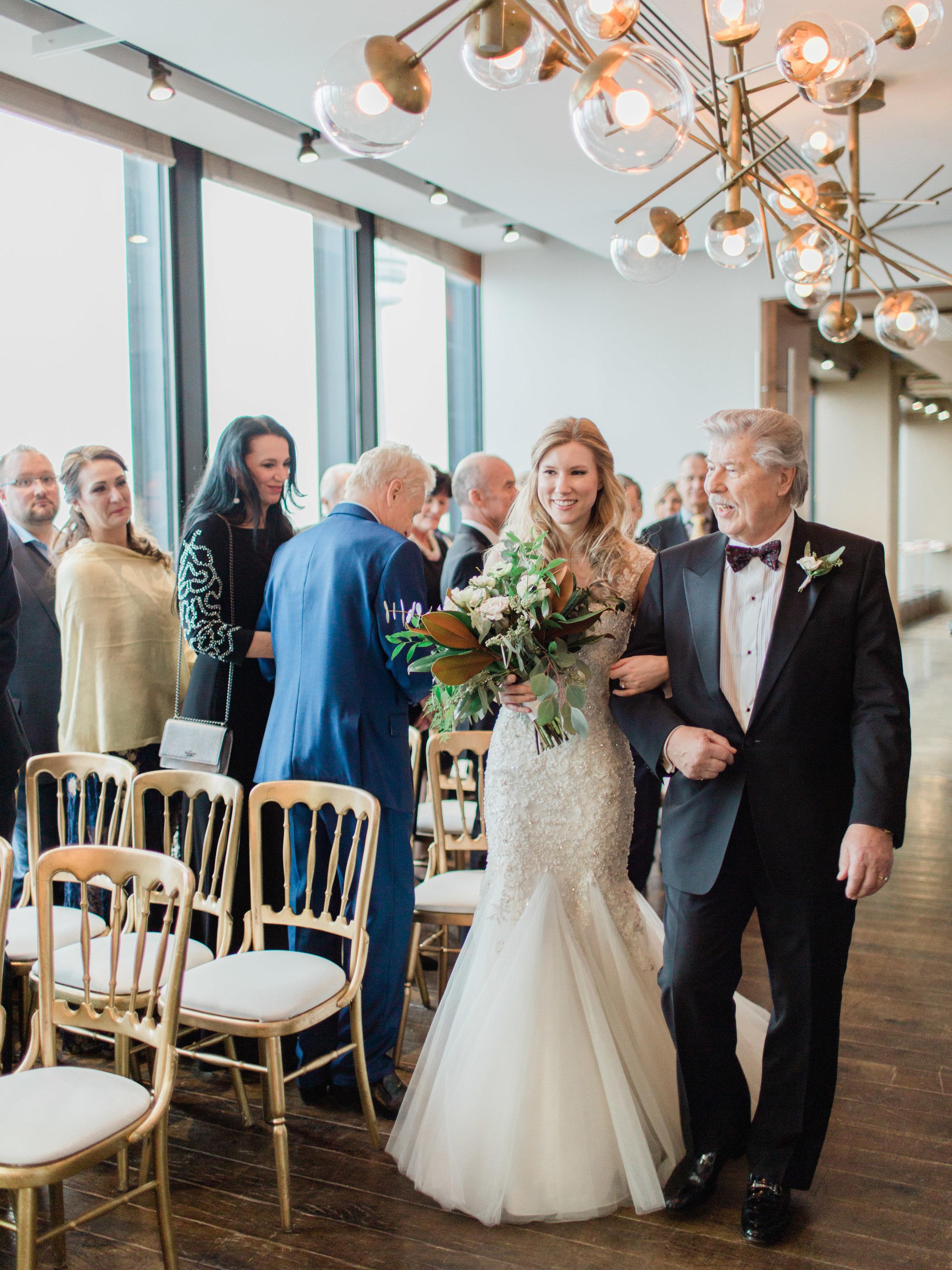 Toronto-wedding-photographer-downtown-winter-wedding-intimate-restaurant-canoe132.jpg