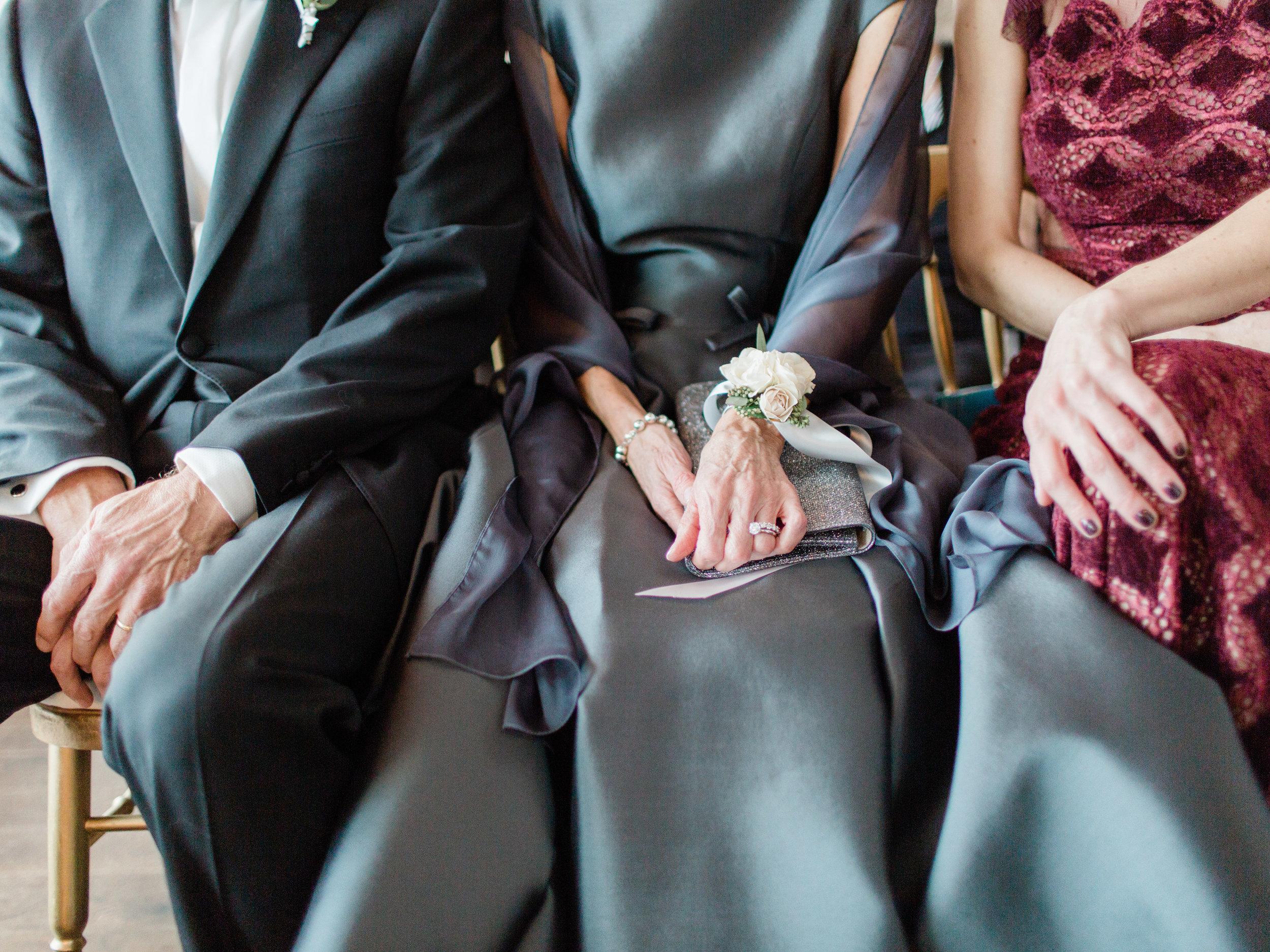 Toronto-wedding-photographer-downtown-winter-wedding-intimate-restaurant-canoe130.jpg