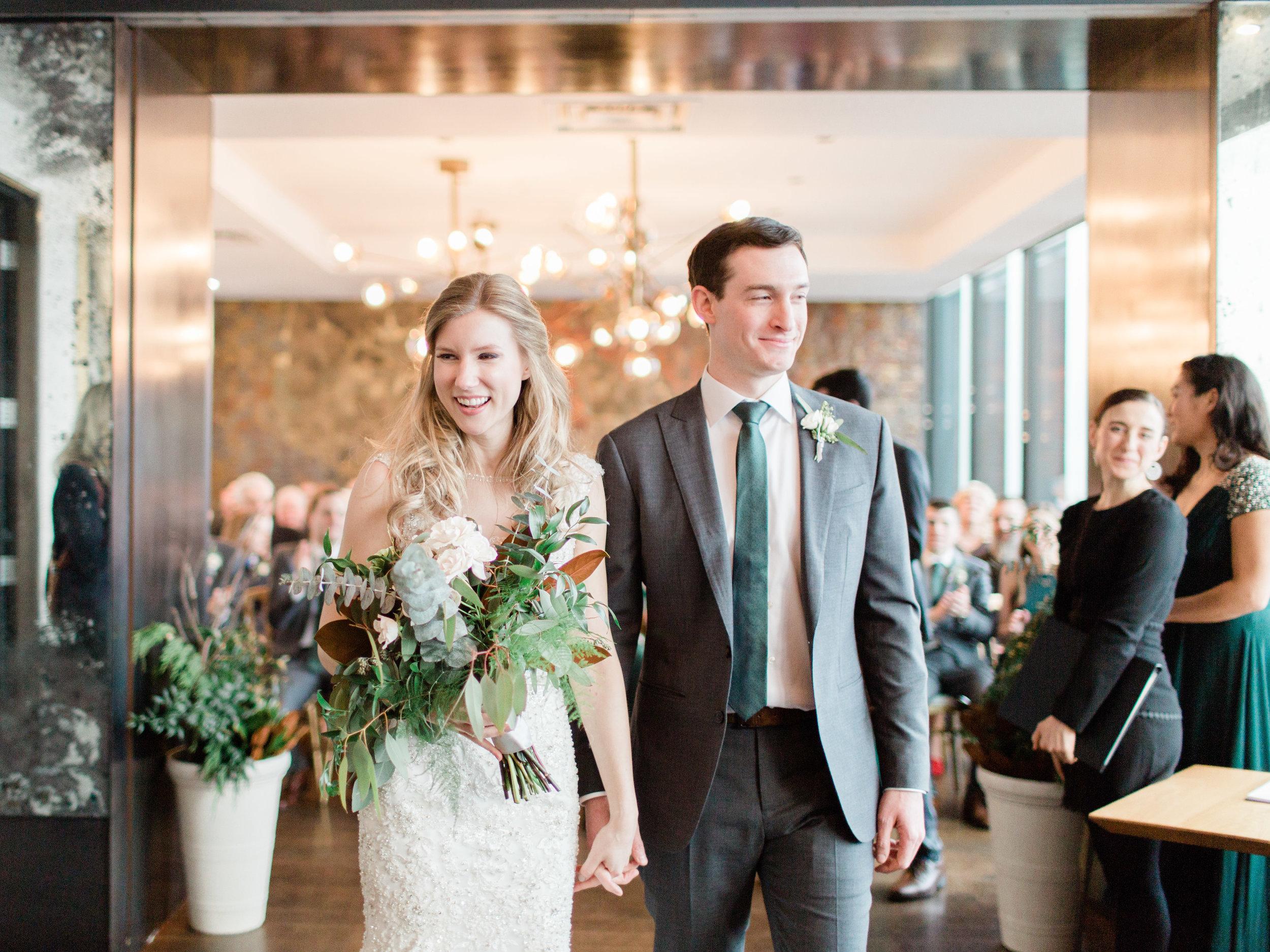 Toronto-wedding-photographer-downtown-winter-wedding-intimate-restaurant-canoe150.jpg