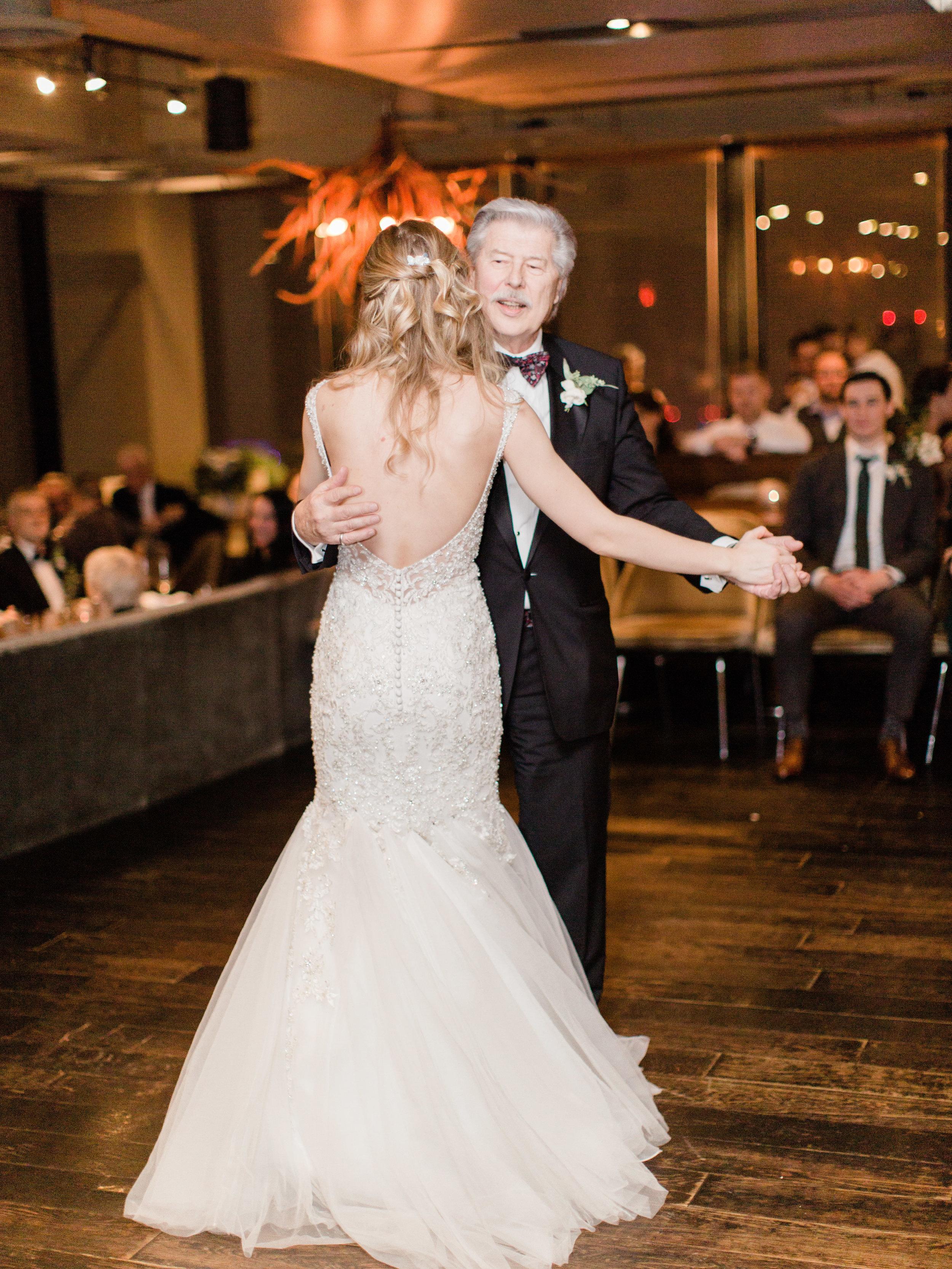 Toronto-wedding-photographer-downtown-winter-wedding-intimate-restaurant-canoe185.jpg