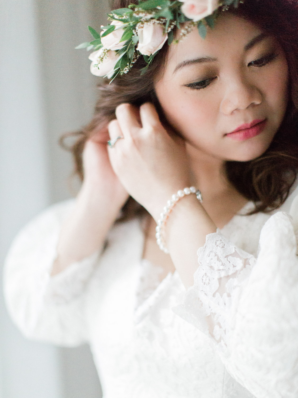 Toronto-wedding-photographer-classic-documentary-chinese-buddhist-wedding-fall5.jpg