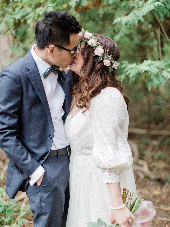 Toronto-wedding-photographer-classic-documentary-chinese-buddhist-wedding-fall46.jpg