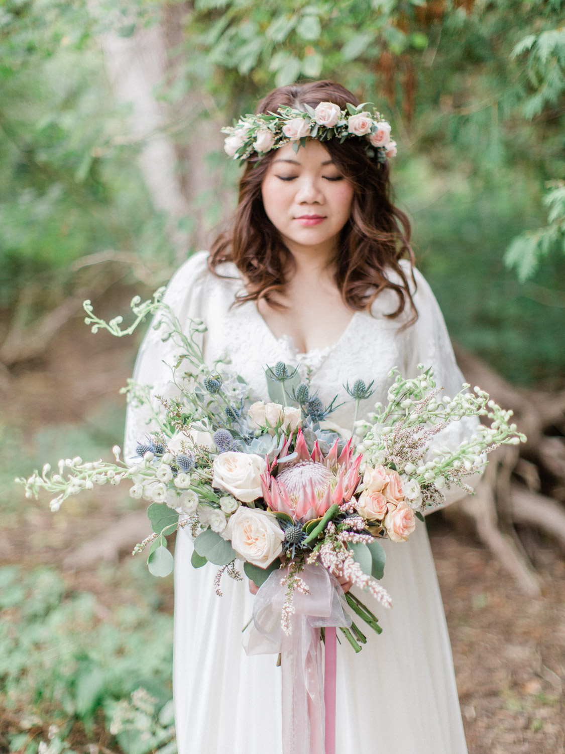 beautiful buddhist wedding photographs at the doctors house in kleinburg, by toronto wedding photographer corynn fowler photography