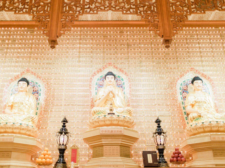 Toronto-wedding-photographer-classic-documentary-chinese-buddhist-wedding-fall70.jpg