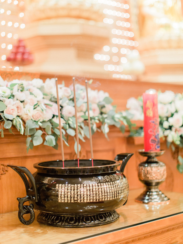 Toronto-wedding-photographer-classic-documentary-chinese-buddhist-wedding-fall73.jpg