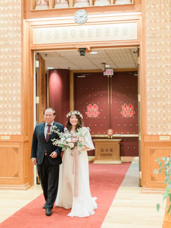 Toronto-wedding-photographer-classic-documentary-chinese-buddhist-wedding-fall74.jpg