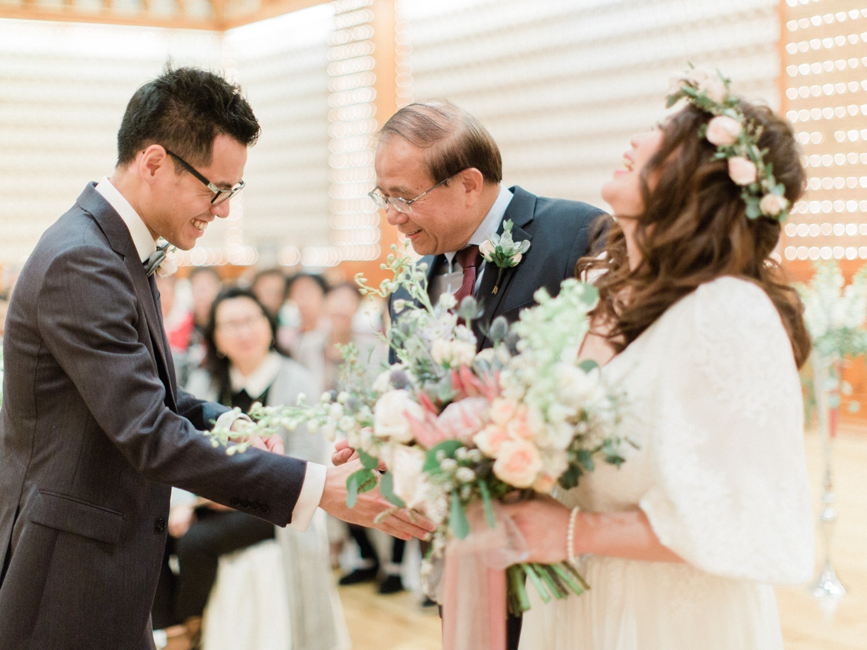 Toronto-wedding-photographer-classic-documentary-chinese-buddhist-wedding-fall75.jpg