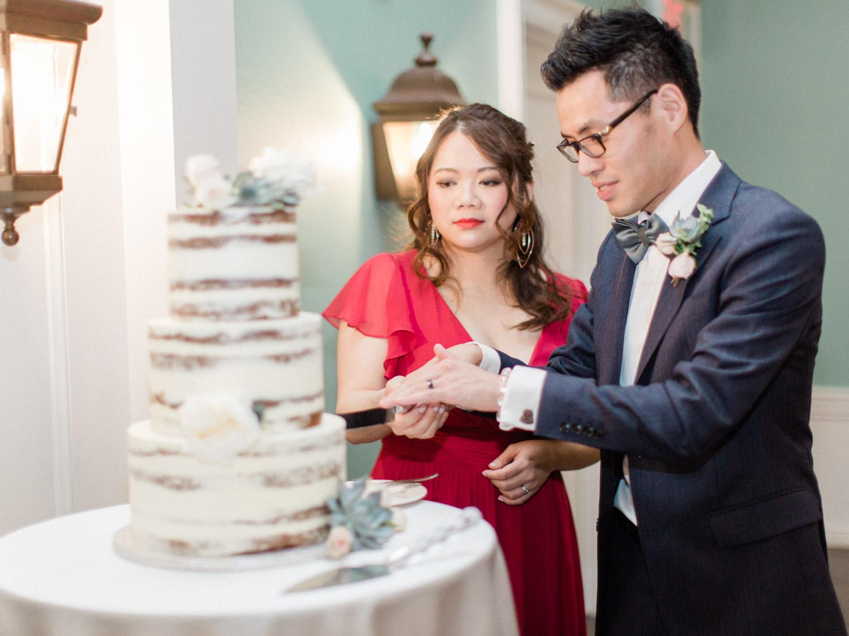 Toronto-wedding-photographer-classic-documentary-chinese-buddhist-wedding-fall116.jpg