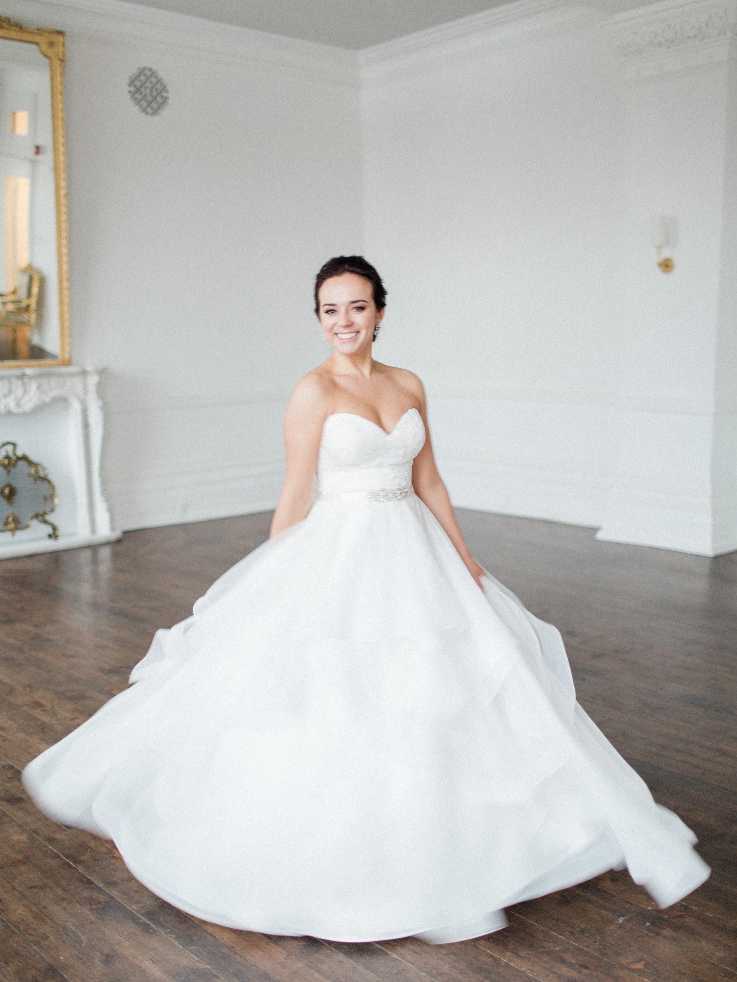 Toronto-Collingwood-Muskoka-Wedding-photographer-planning-tips-for-your-winter-wedding2.jpg