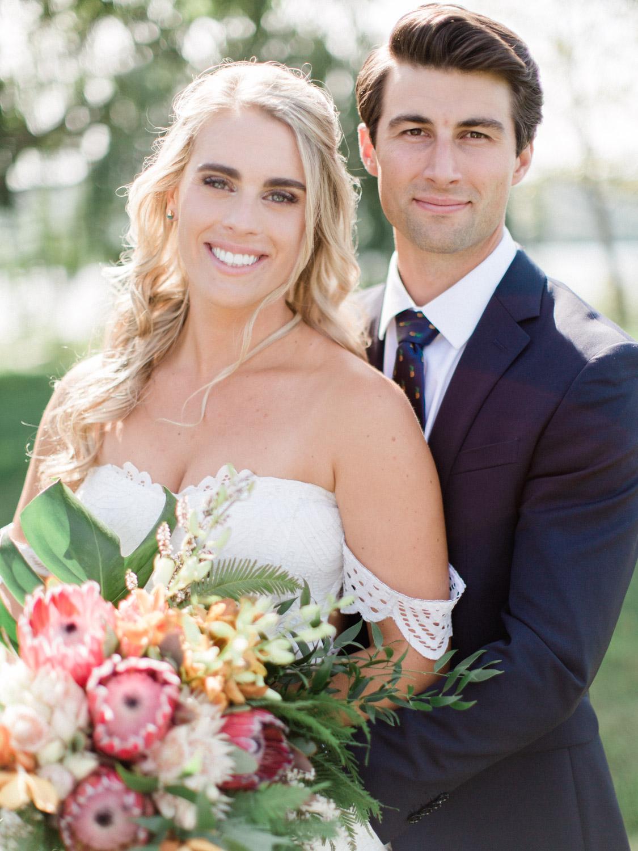 Toronto-Collingwood-Muskoka-Wedding-photographer-how-to-capture-great-couples-photos-on-your-wedding-day3.jpg