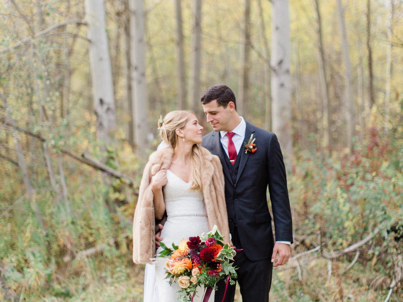 Toronto-Collingwood-Muskoka-Wedding-photographer-how-to-capture-great-couples-photos-on-your-wedding-day6.jpg