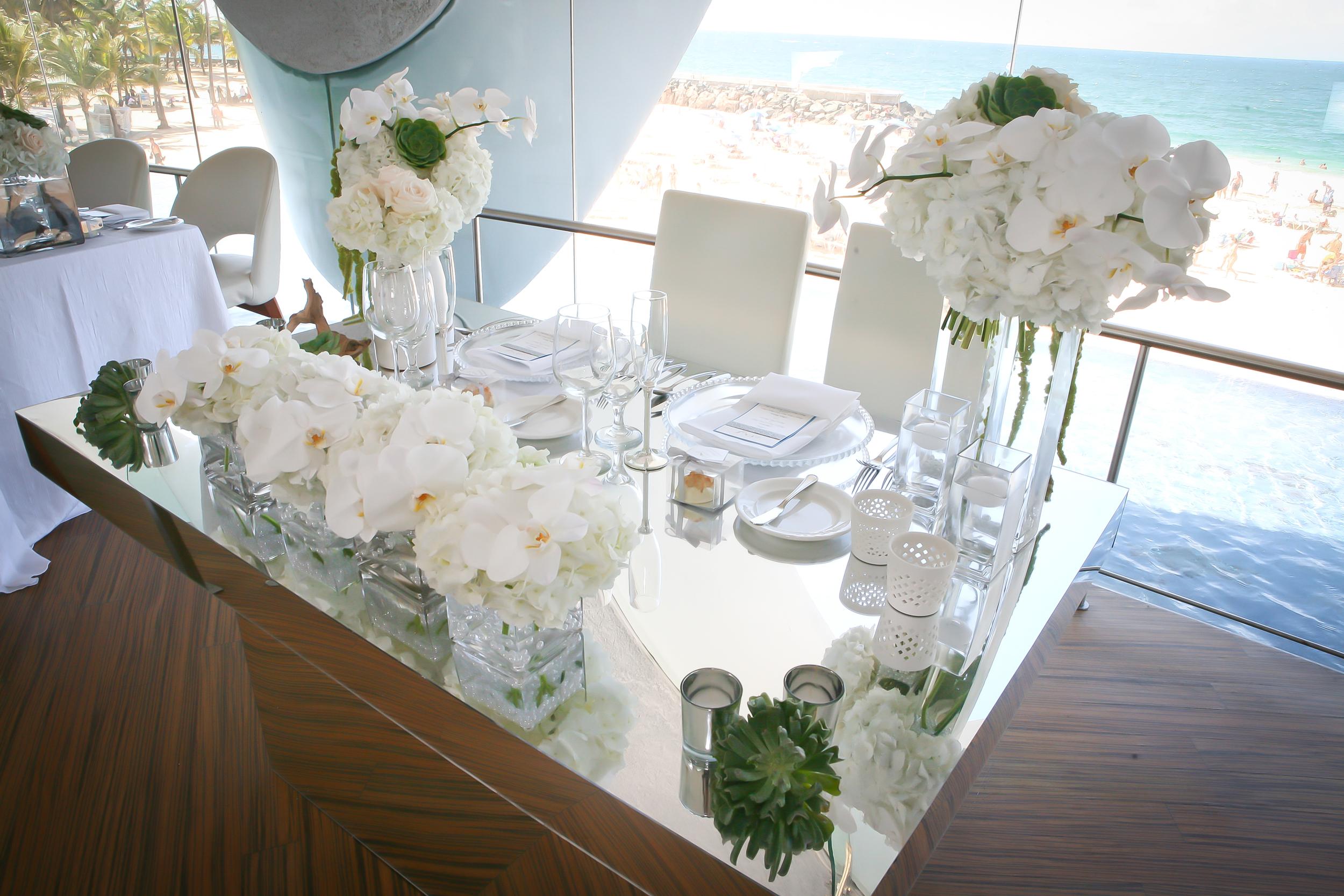 Mirror Couple's Table