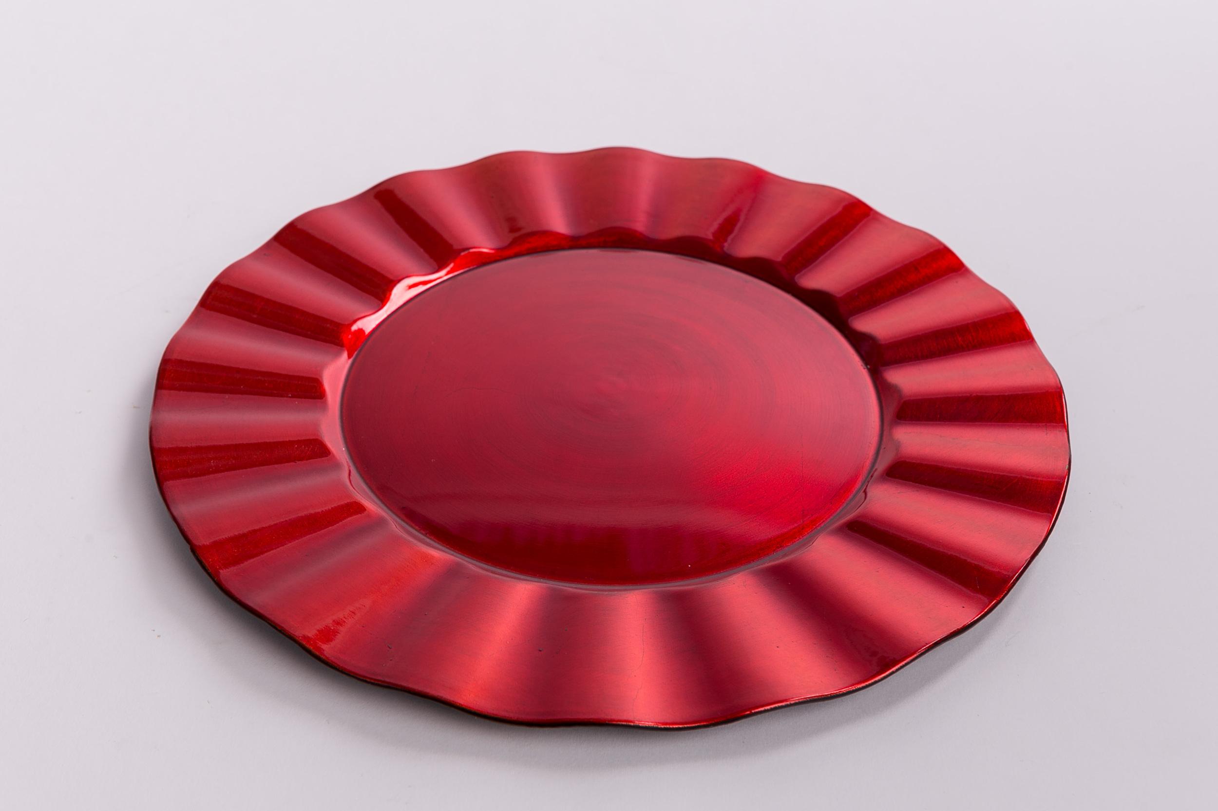 Ruffle Design - Red