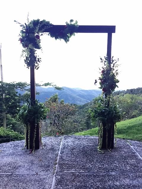 Ceremony Arch - Mahogany