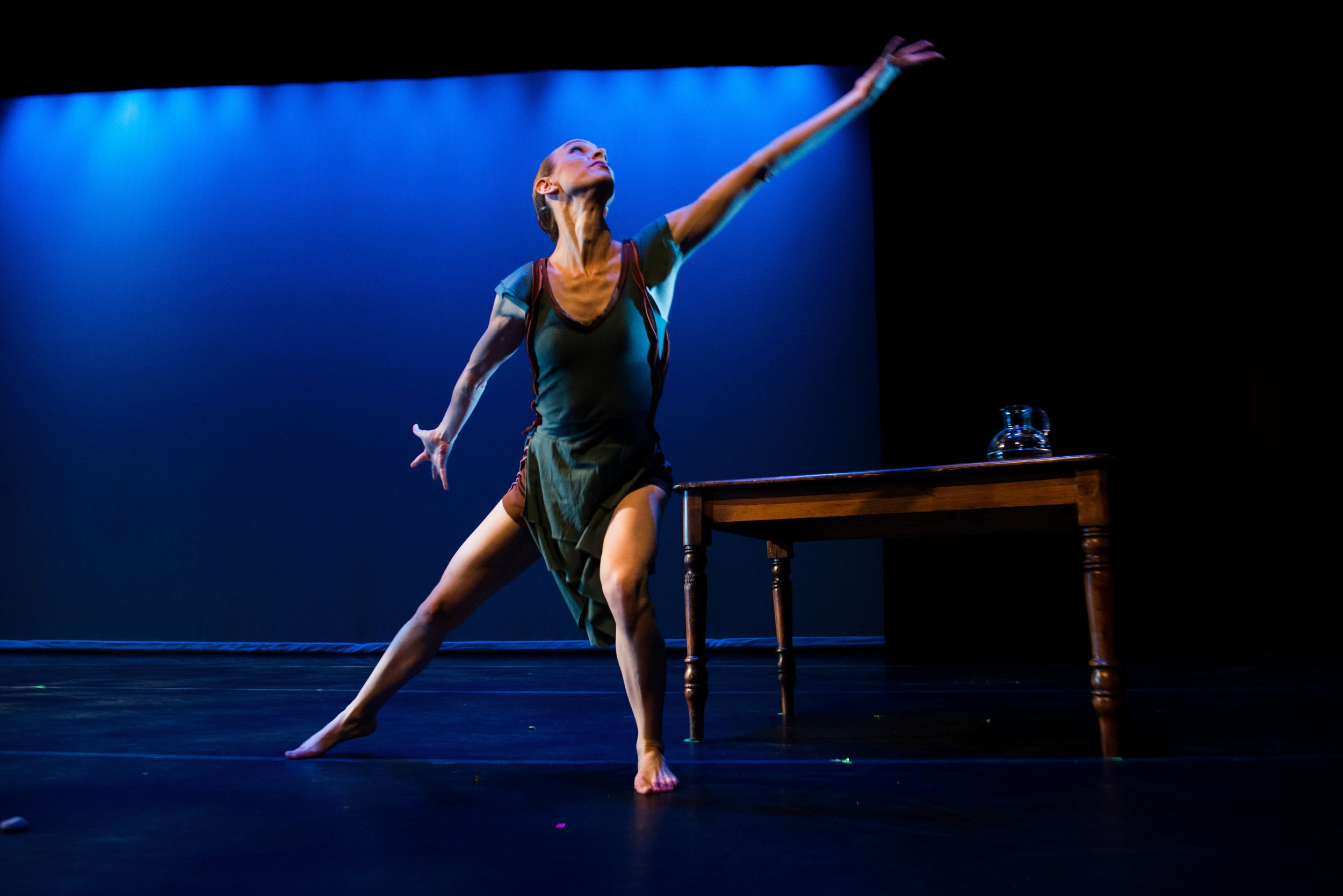 Ripe Figs Won't Keep- Choreographer: Clare Cook - Part of STIR (2017) - photo credit Denny Culbert