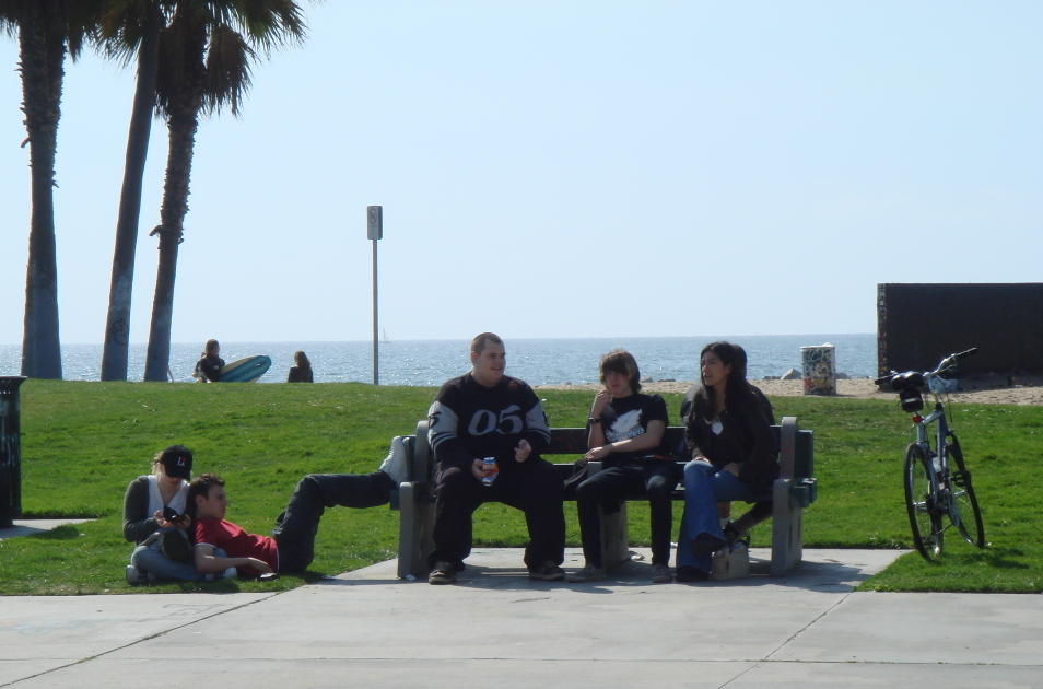 Chilling out on L.A boulevard in 2008!
