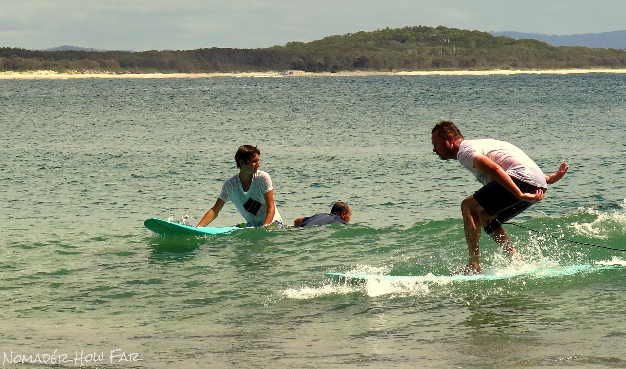 surfing noosa