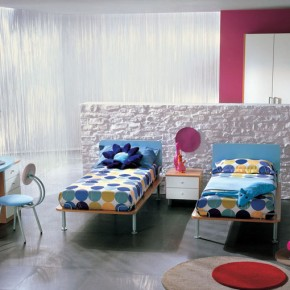 Modern-Girl-Teen-Room-With-White-Blue-Furniture-Twin-Polka-Dot-Bed-And-Pink-Also-Glass-Wall-Decoration-290x290.jpg