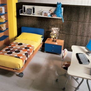 Yellow-Bedding-And-Polka-Dot-Accent-With-Minimalist-Study-Table-For-Kids-Room-Decoration-290x290.jpg