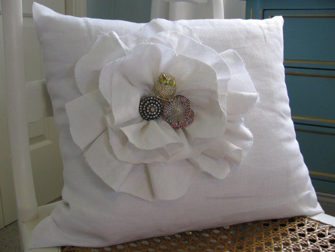Brooch Pillow 2.jpg