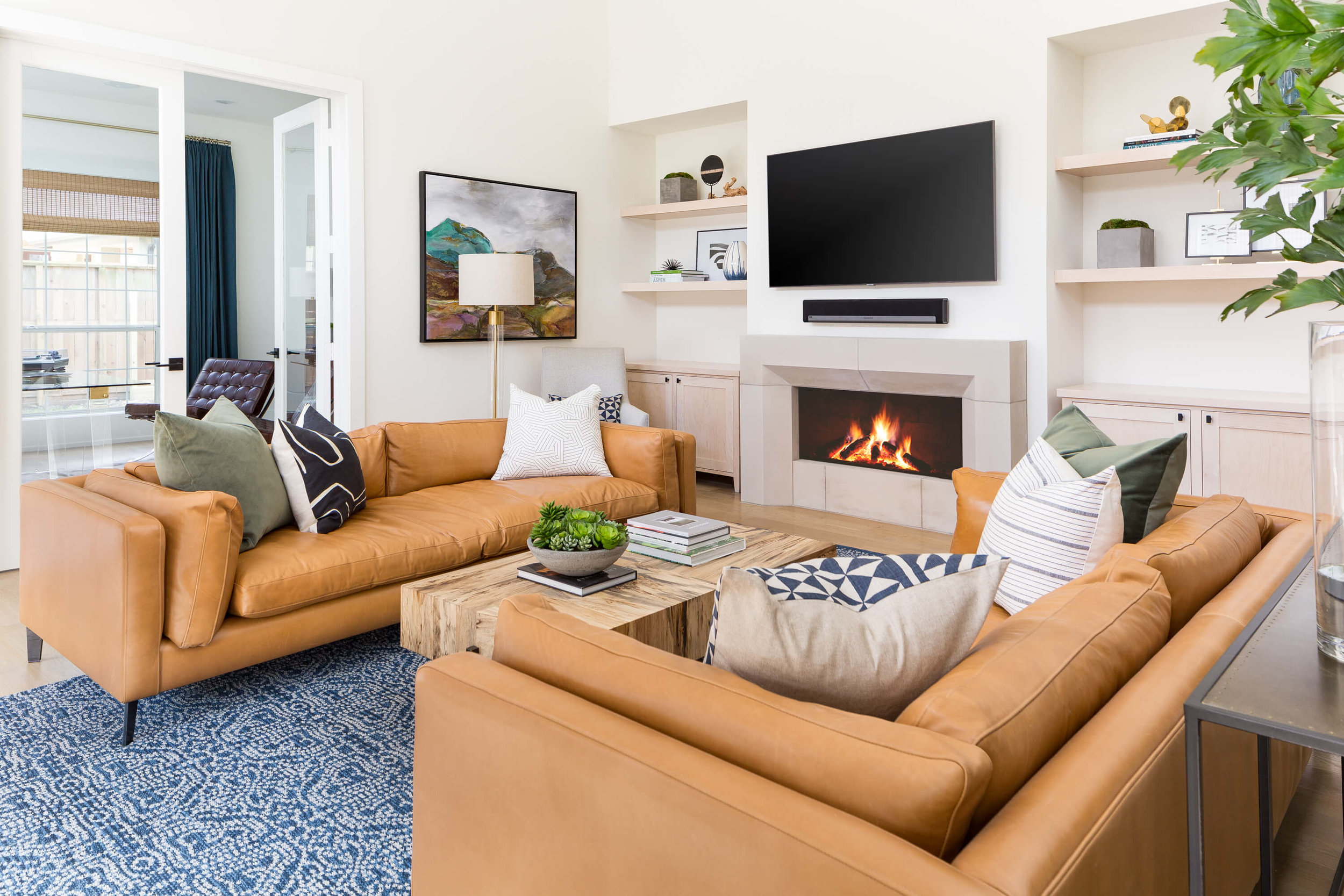 BEHIND THE SCENES: BELLAIRE EASYGOING ELEGANCE