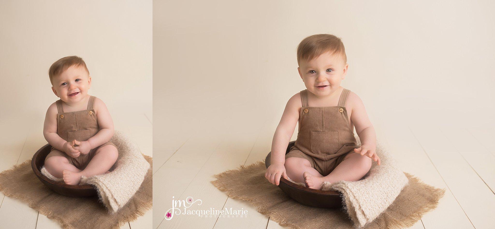 Pataskala Ohio photographer | neutral baby boy photography | Columbus Ohio baby photographer | baby photography | one year old boy portrait