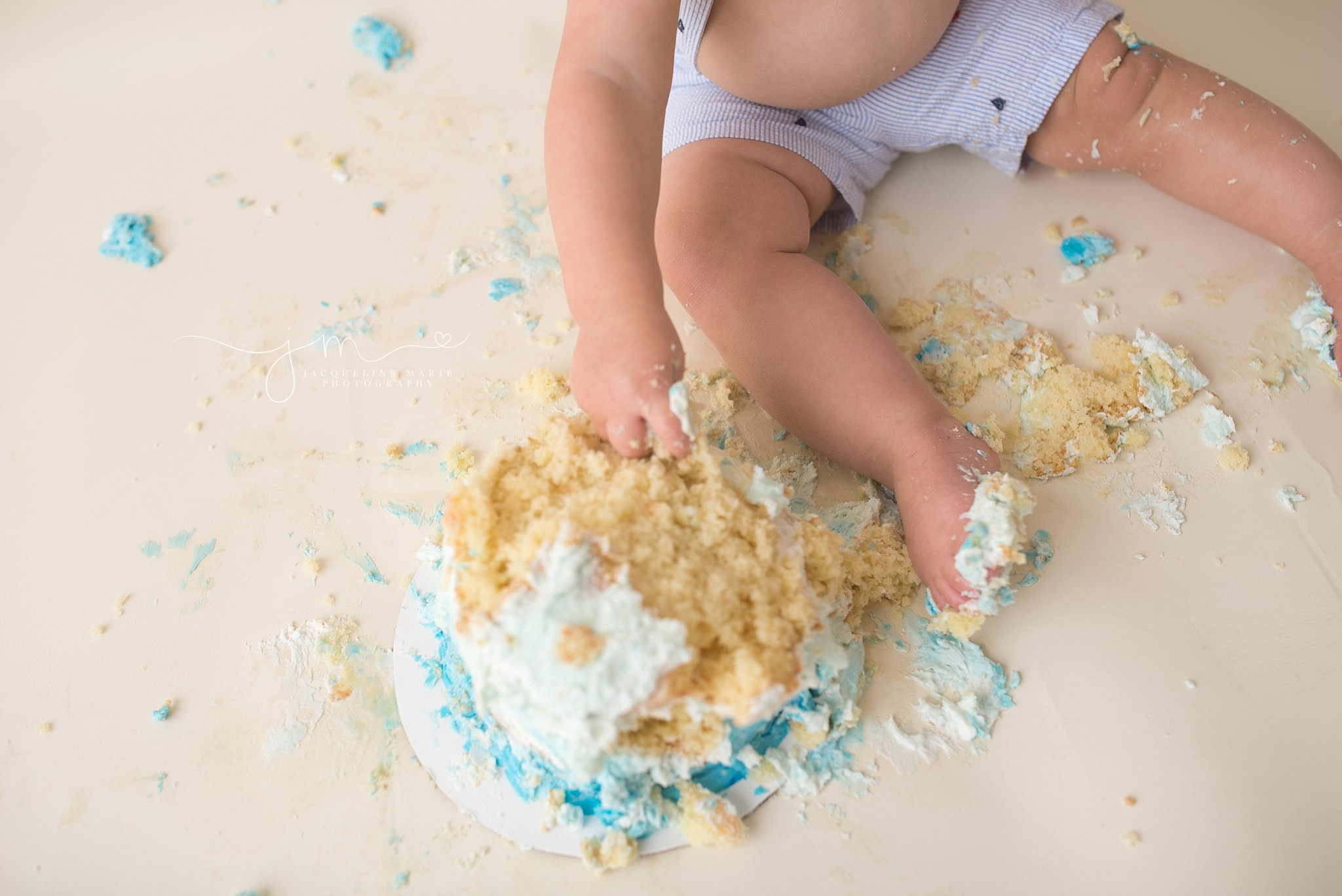 cake smash pictures, Columbus Ohio photographer