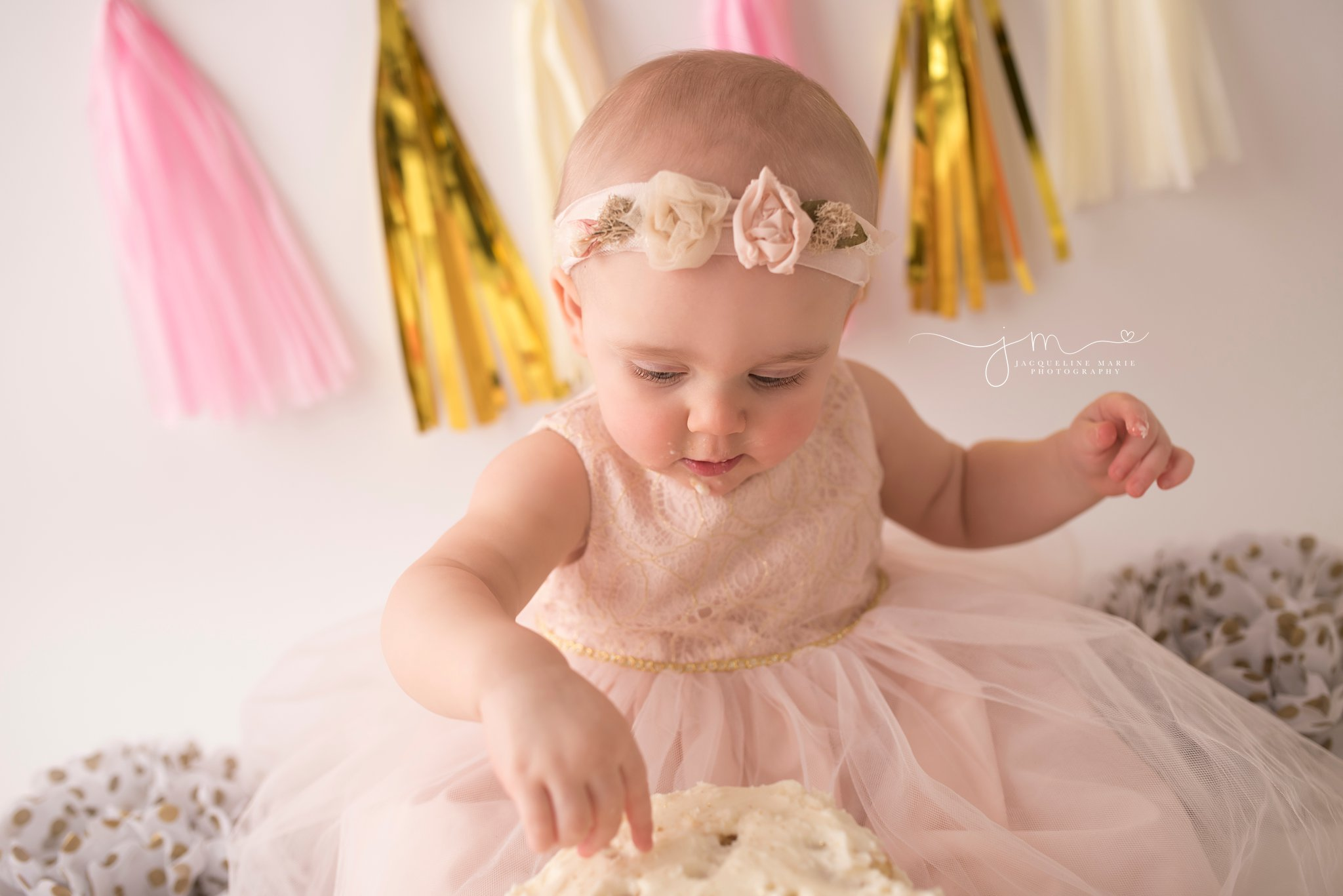 gold pink and cream custom cake smash first birthday photography provided by jacqueline marie photography