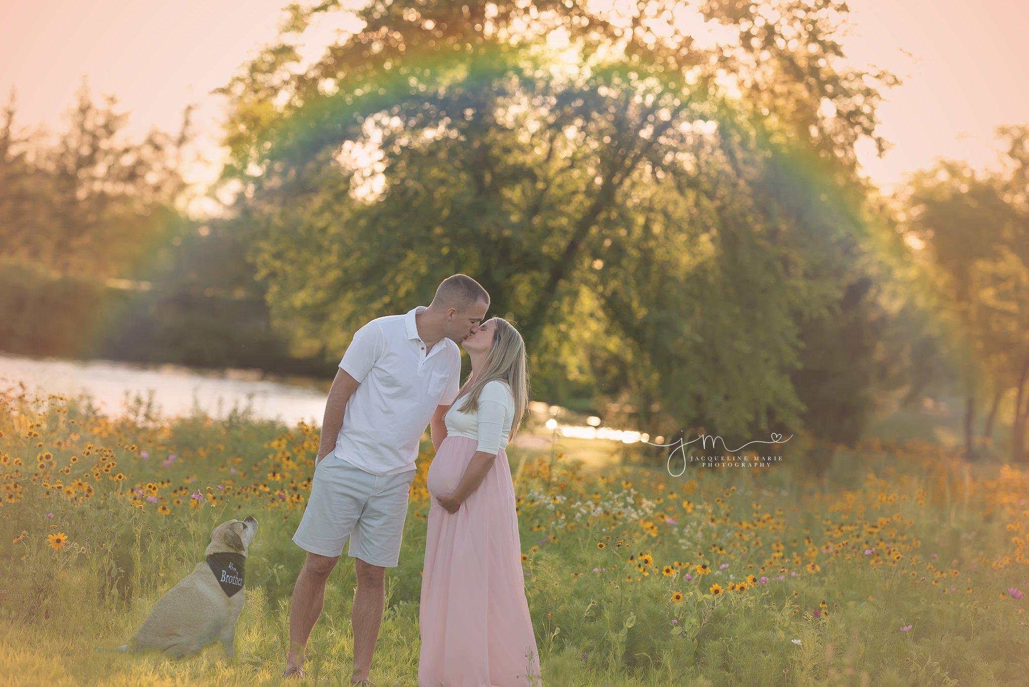 columbus ohio maternity photographer features rainbow baby image for family awaiting their rainbow baby