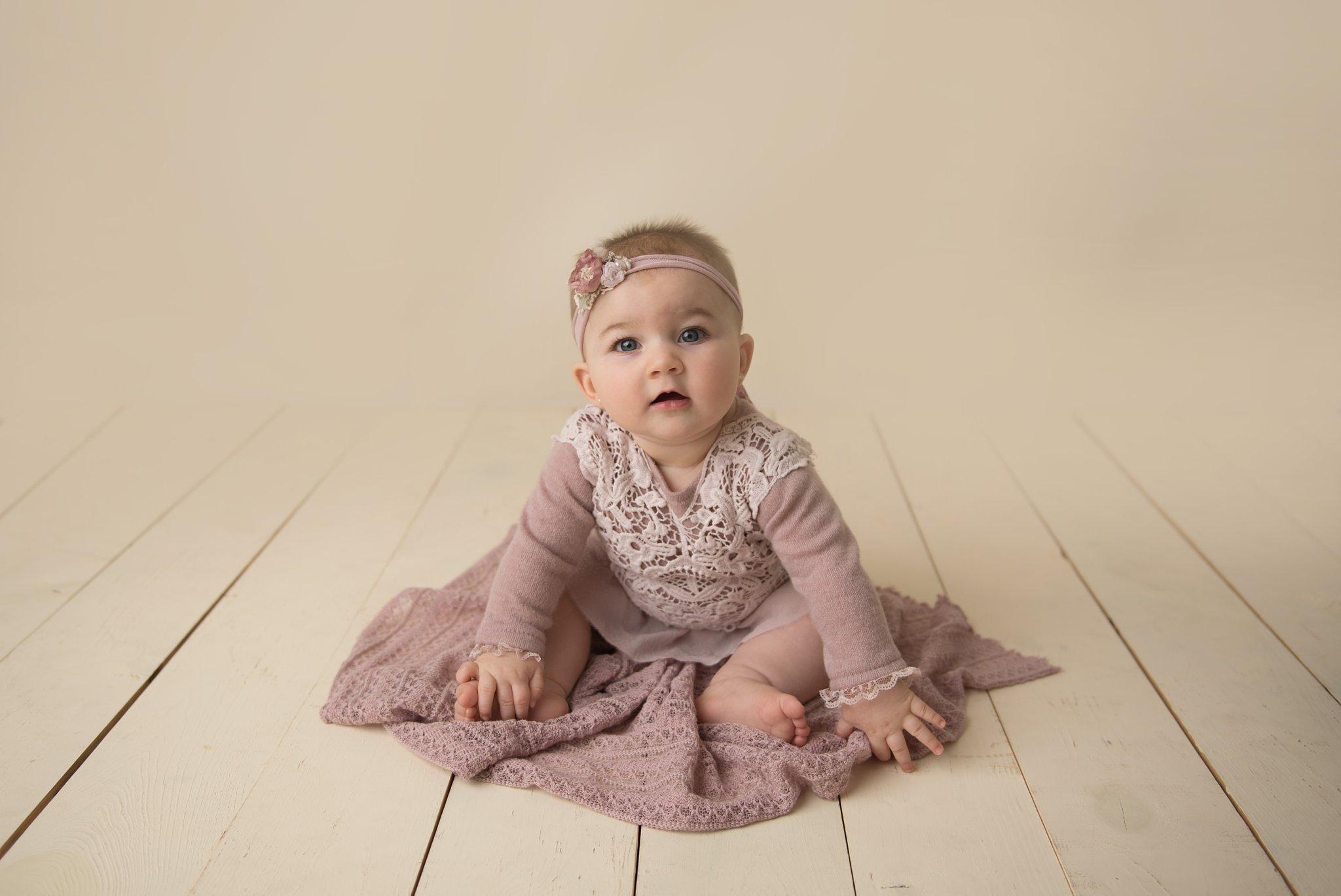 baby-milestone-photography-columbusohio_0001.jpg
