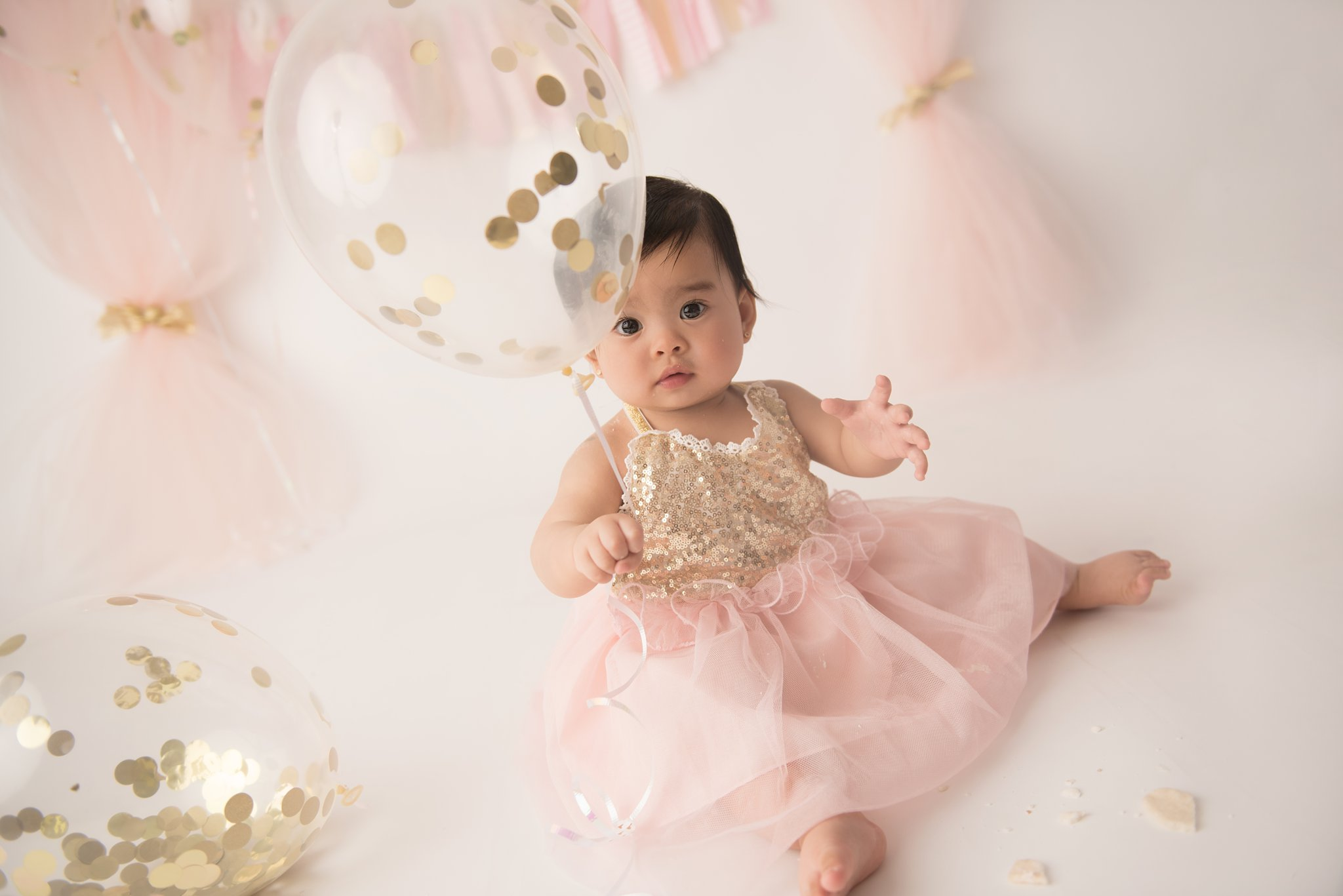 firstbirthdayphotographer-columbusohio-jacquelinemariephotography_0187.jpg