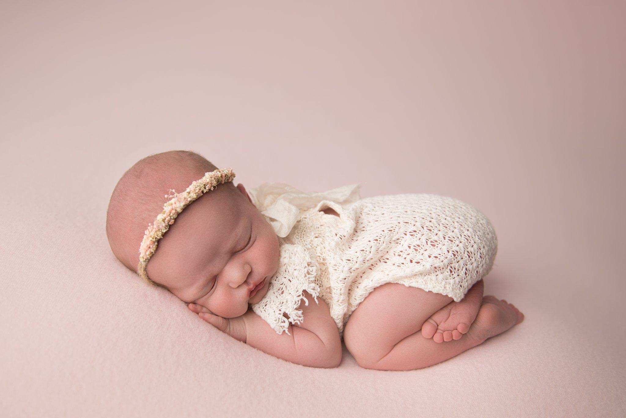 newbornphotographer-columbusohio_0148.jpg