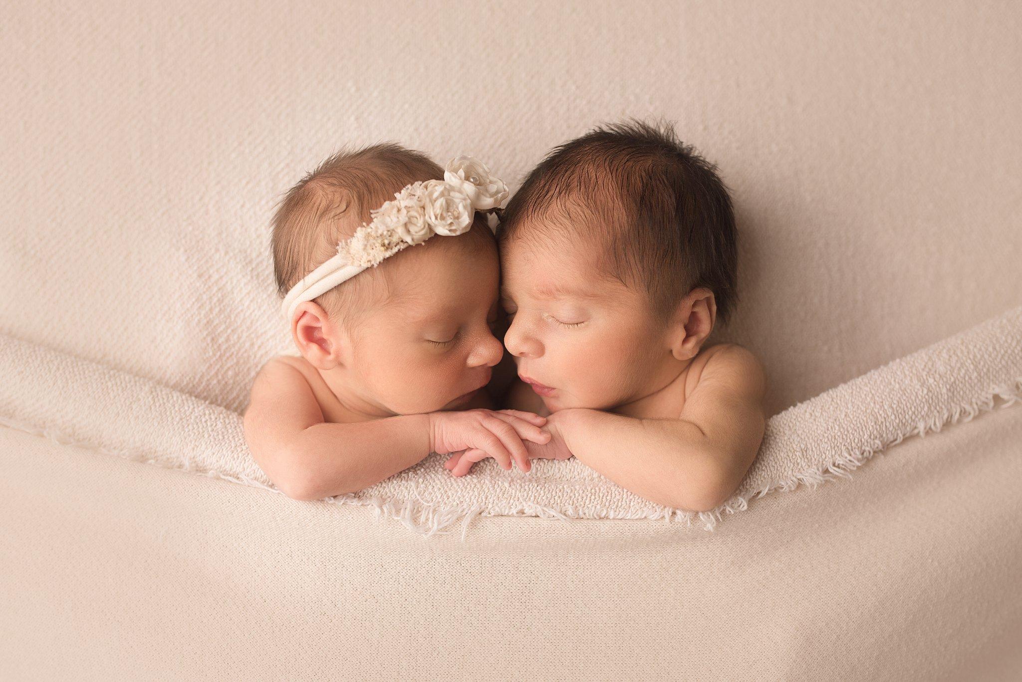 newbornphotographer-columbusohio_0007.jpg