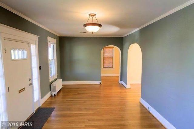 Arnold Residence Living Room (Before)